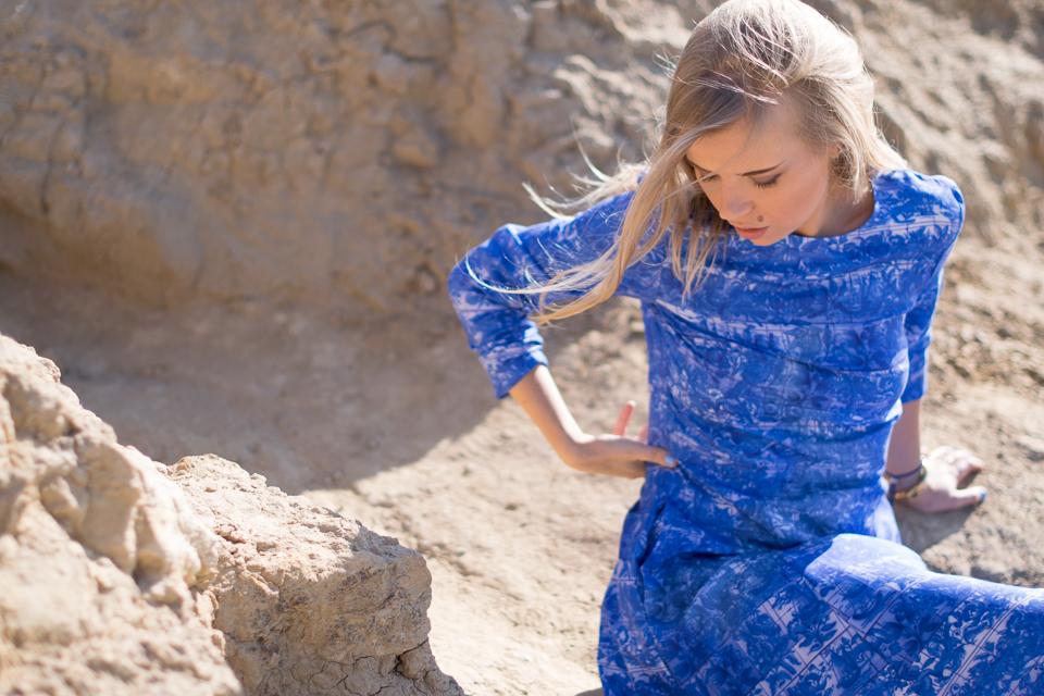 What To Wear In San Diego - h&m conscious collection blue dress - Olga Pancenko - aestheticallypleasing